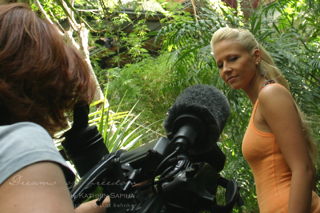 TV interview before the trip to Borneo - Travel blogger Kathrin Sapiha