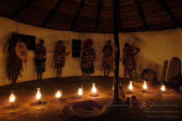 Traditional Zulu dances and singing. - Ecabazini Zulu Village - South Africa