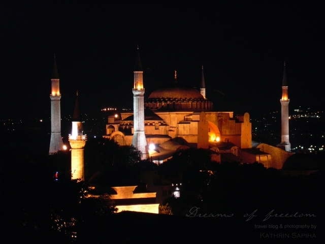 Hagia Sophia by night - Istanbul - Turkey