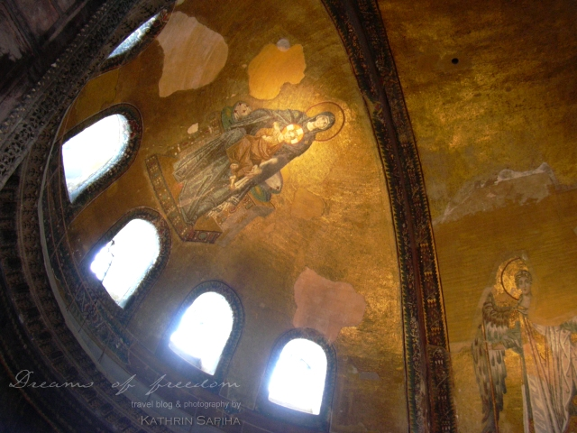 Inside the Hagia Sophia - ceiling fresco - Istanbul - Turkey